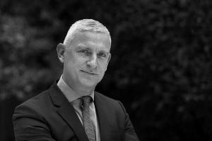 P van den Bosch start retail entiteit